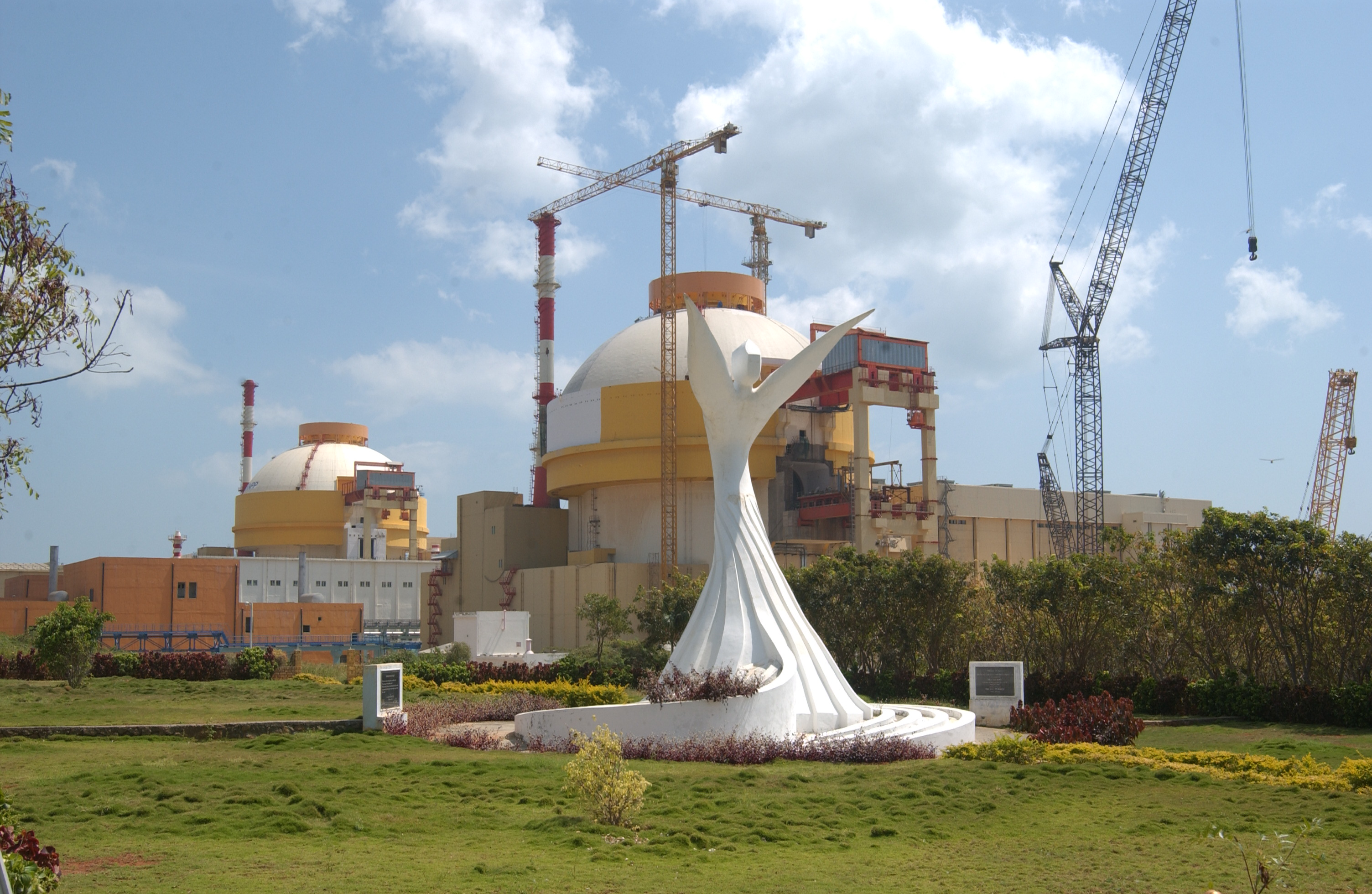ROSATOM and Nuclear Power Corporation of India signed agreement on construction of new Kudankulam NPP Units 5,6